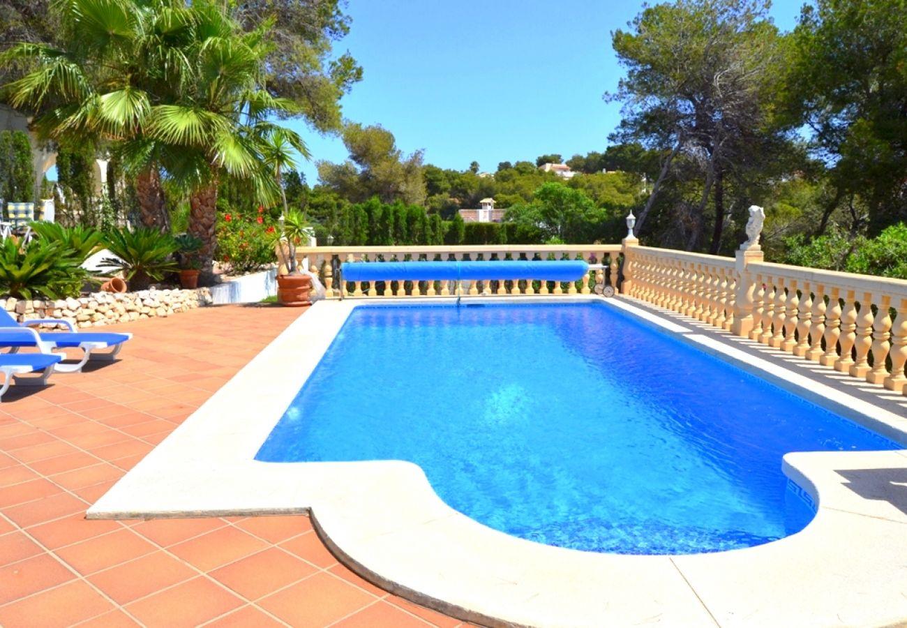 Chalet en Javea / Xàbia - Chalet en Javea 4p vistas al mar piscina 9x4 animales playa Arenal 7km
