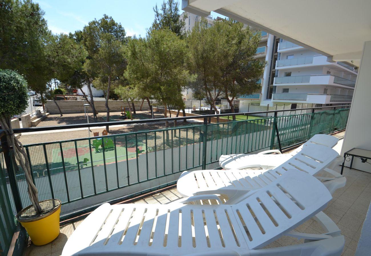 Apartamento en Salou - Rosana:Centro turístico Salou-Playa 250m-Amplia terraza-A/C,wifi,ropa,satélite incluidos