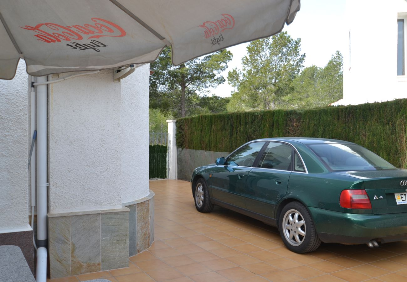 Villa en Miami Playa - Villa Eden Park 2:Terraza con BBQ y acceso piscina-Residencia familiar cerca playas Miami Playa