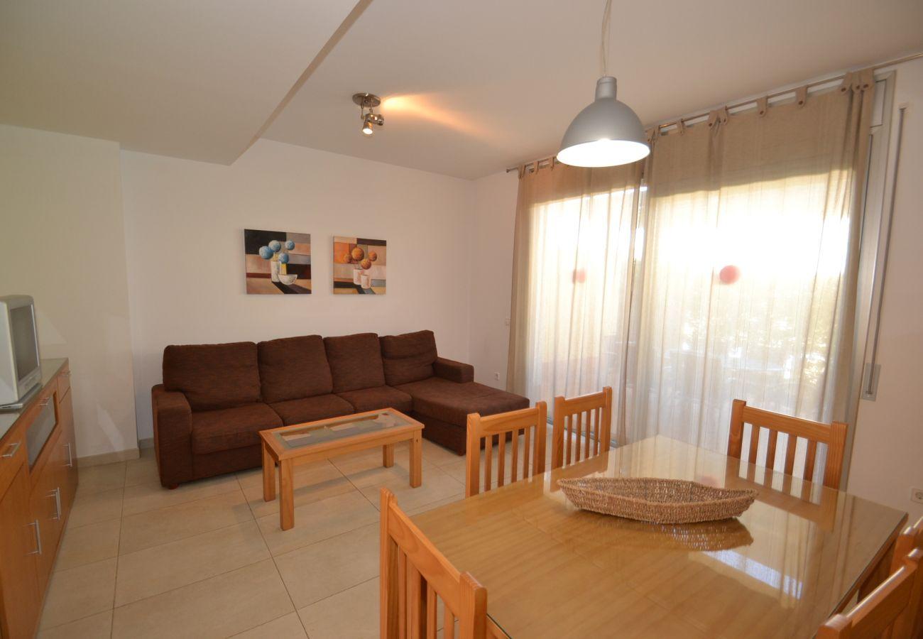 Villa en Creixell - Villa Hotur:Cerca Playa y Centro Creixell-Piscina-Wifi,A/C gratis