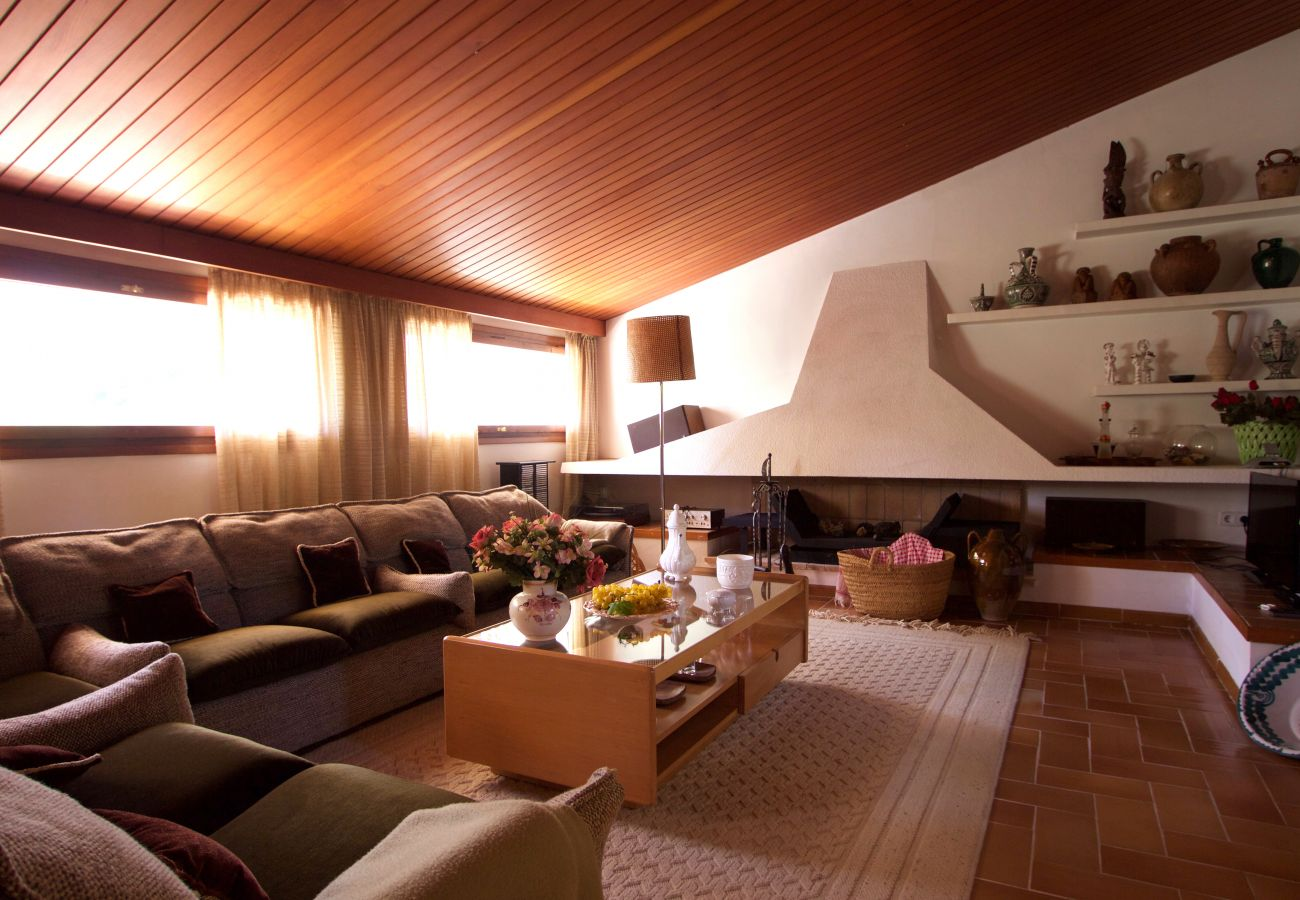 Villa en Roda de Barà - R44 Magnifica villa para 12 con gran jardin y piscina 600m de la playa