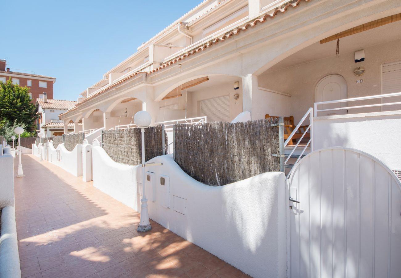 Casa adosada en Calafell - R22 Casa adosada para 8 pers 100m de la playa