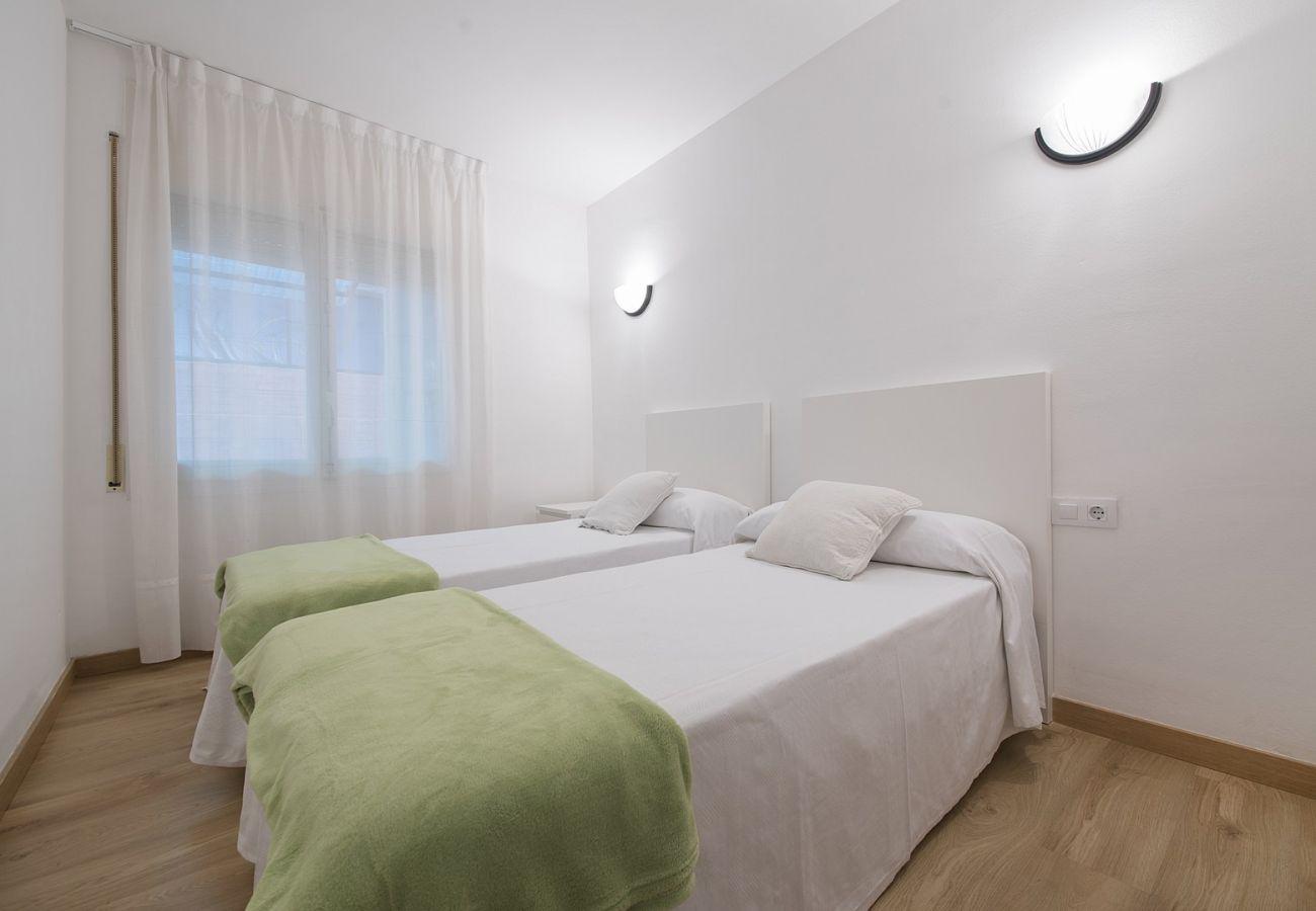 Apartamento en Calafell - R68-1 Apartamento de dos dormitorios 50 m de la playa