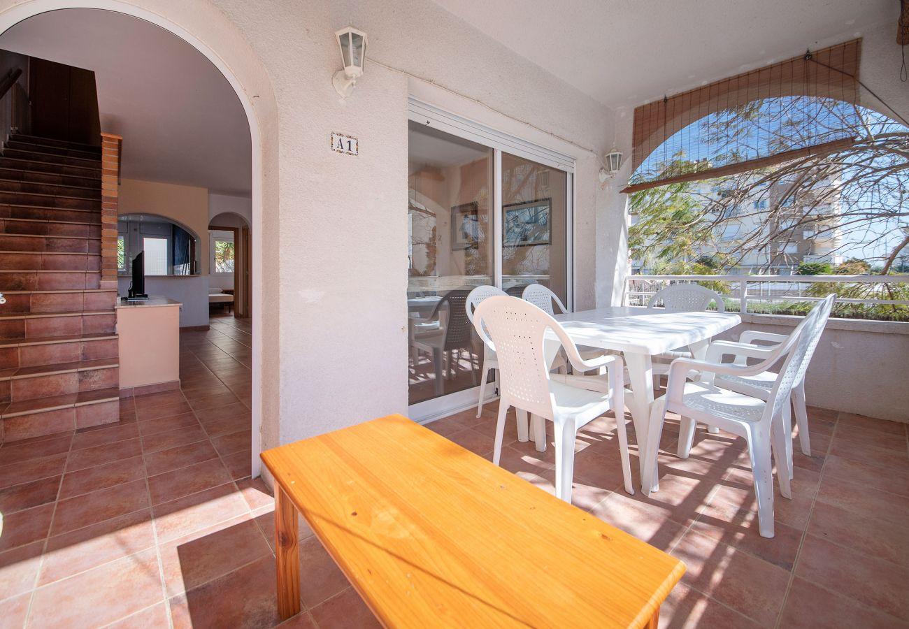 Casa adosada en Calafell - R22-1 Casa adosada con aire acond para 8 personas
