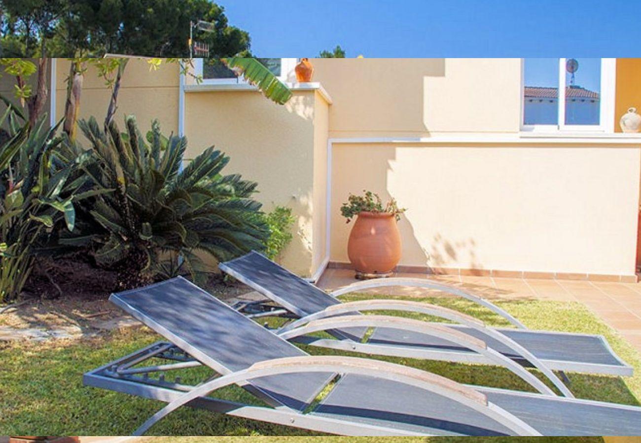 Villa en Segur de Calafell - R88 Preciosa con jardin y piscina privada en Segur de Calafell