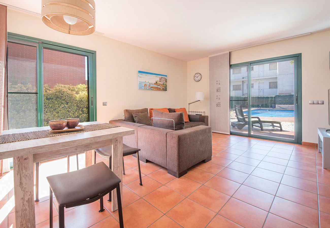 Villa en Roda de Barà - R77 Moderna casa para las vacaciones 1.4km de la playa Roda de Bara