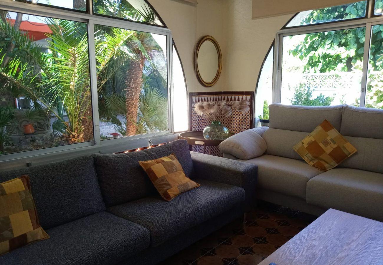 Villa en Calafell - R94 Amplia casa en planta con piscina a 50 m de la playa Calafell