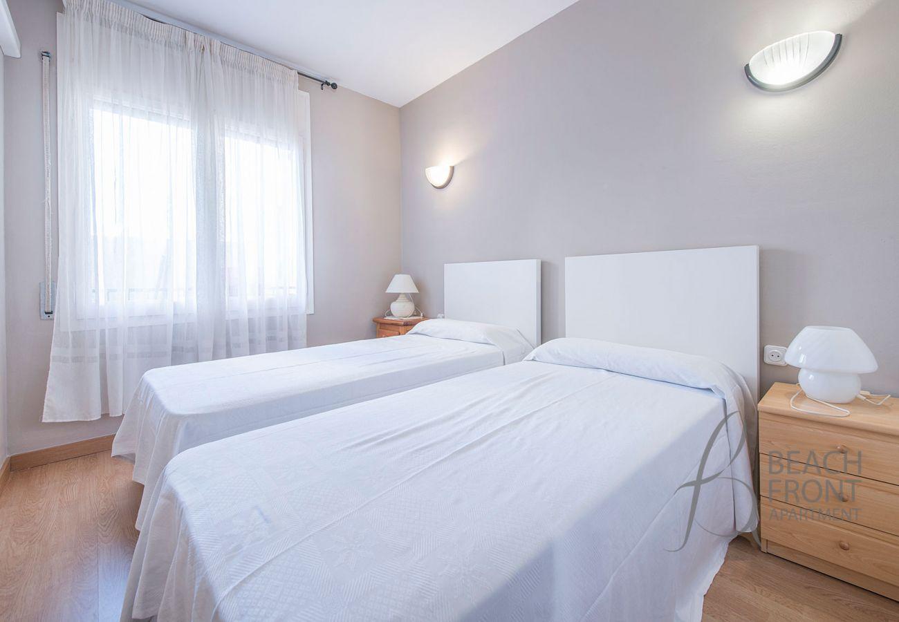 Apartamento en Calafell - R68-2 Apartamento de dos dormitorios cerca de la playa