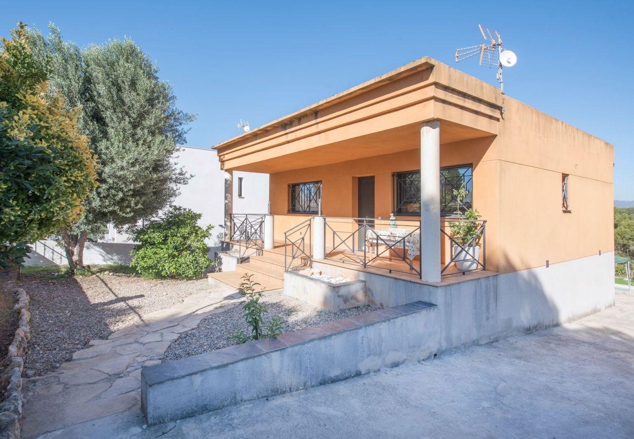 Villa en Castellet i la Gornal - R75 Casa con piscina 7 km de la playa
