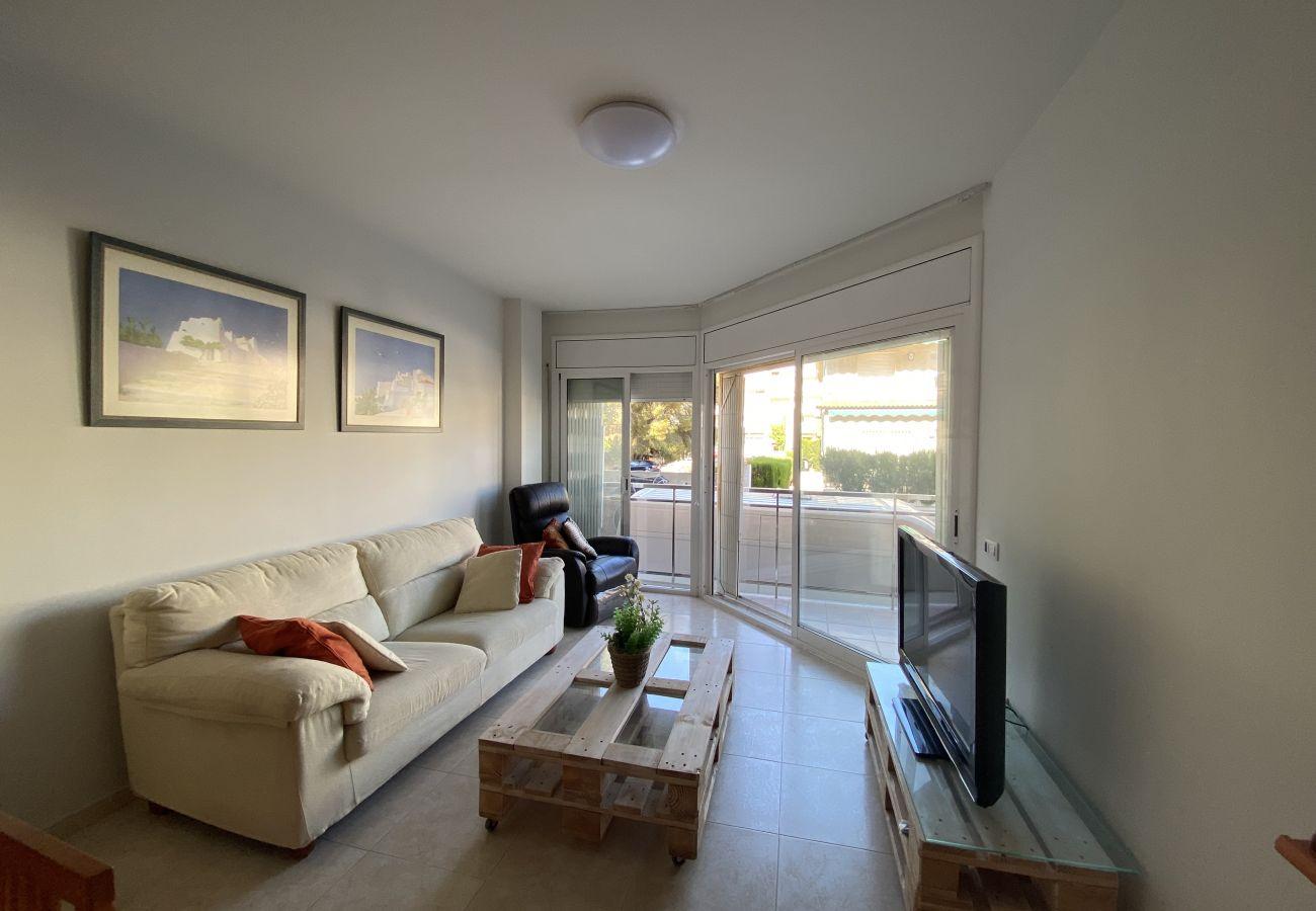 Apartamento en Calafell - R123 Apartamento en la planta baja con piscina cerca de la playa