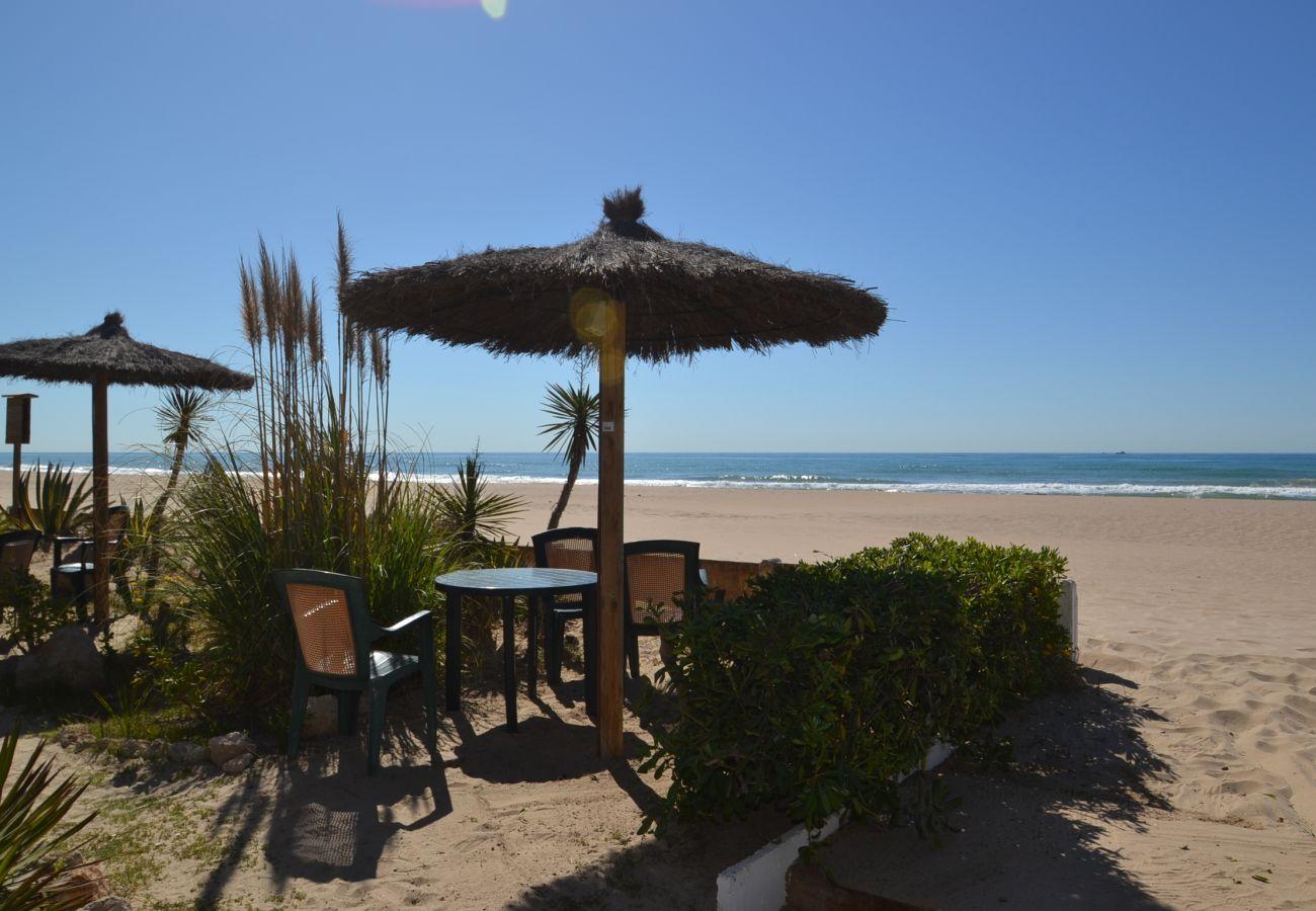 Villa in Creixell - Villa Hotur:Near Creixell's Beach&Center-Pool-Free Wifi,A/C