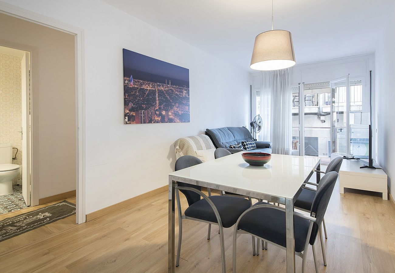 Apartment in Calafell - R68-1 Two bedroom apartment 50 m from the beach