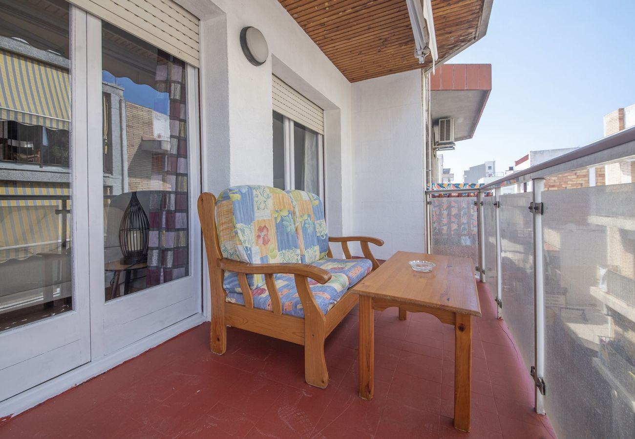 Apartment in Calafell - R68-3 Two bedroom apartment 50 m from the beachMontserrat 32