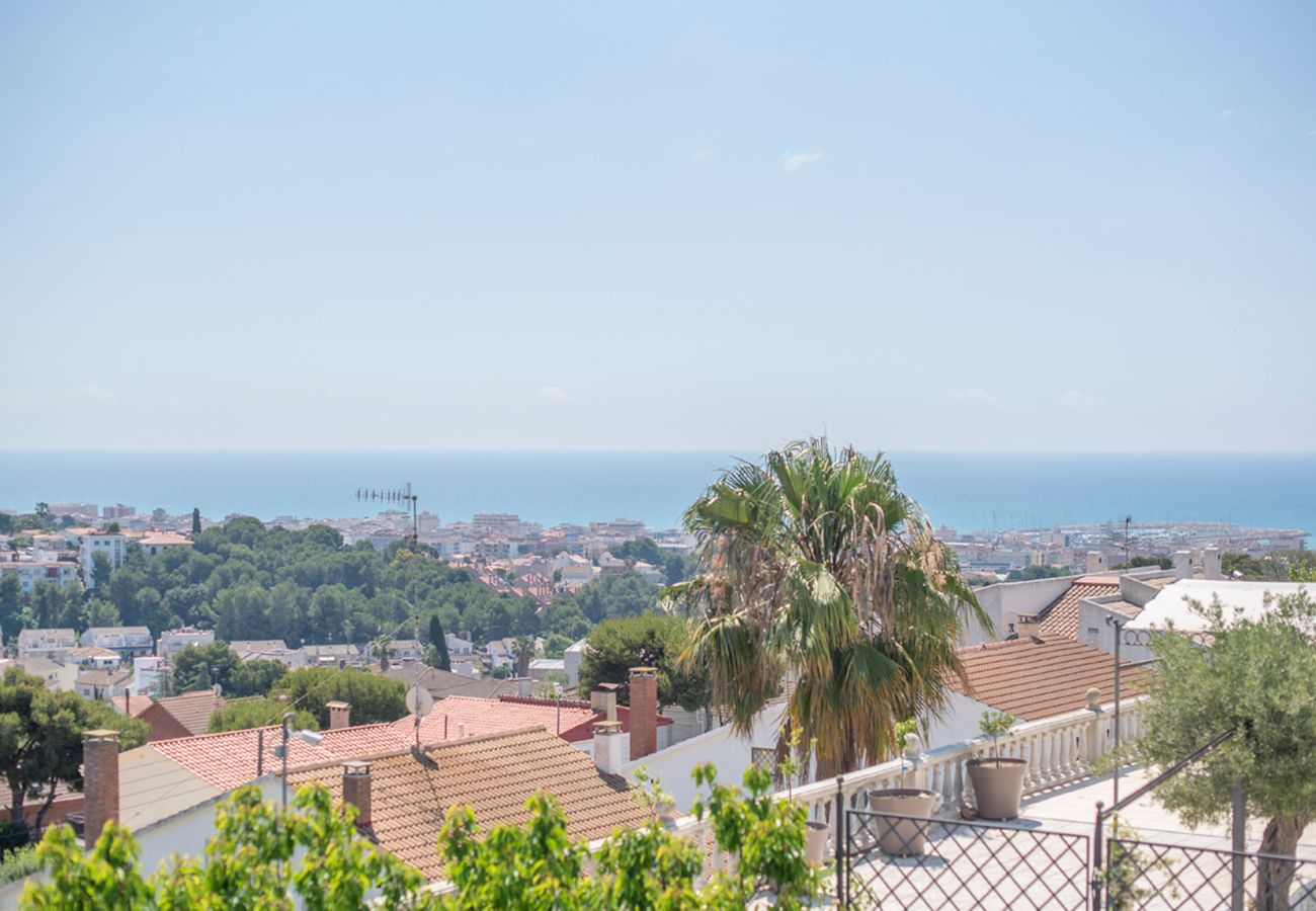 Townhouse in Segur de Calafell - R100 Modern house with pool 2km from the beach