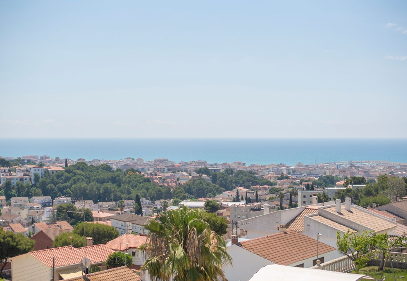 Townhouse in Segur de Calafell - R101 Modern house with panoramic views 20km from the beach