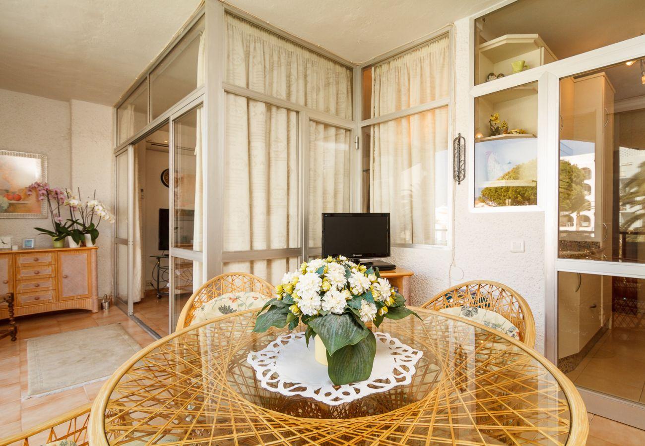 Appartement à Nerja - Appartment dans le bâtiment Carabeo Nerja Ref 105