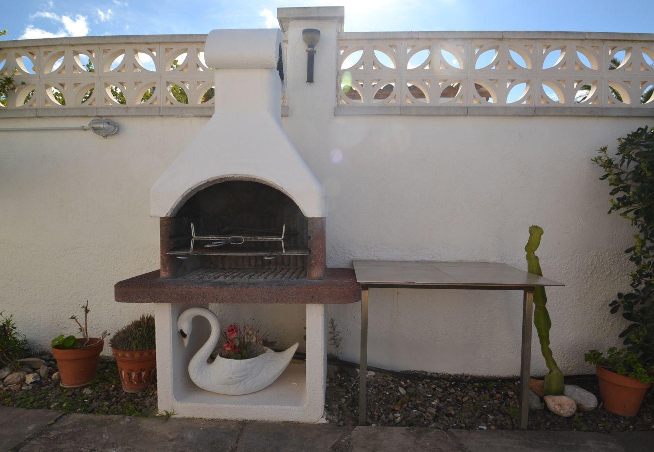 Villa à Miami Playa - Villa Azalees:Piscine privée dans une propriété de 500m2-3chambres-Wifi,AC,linge,satellite inclus.