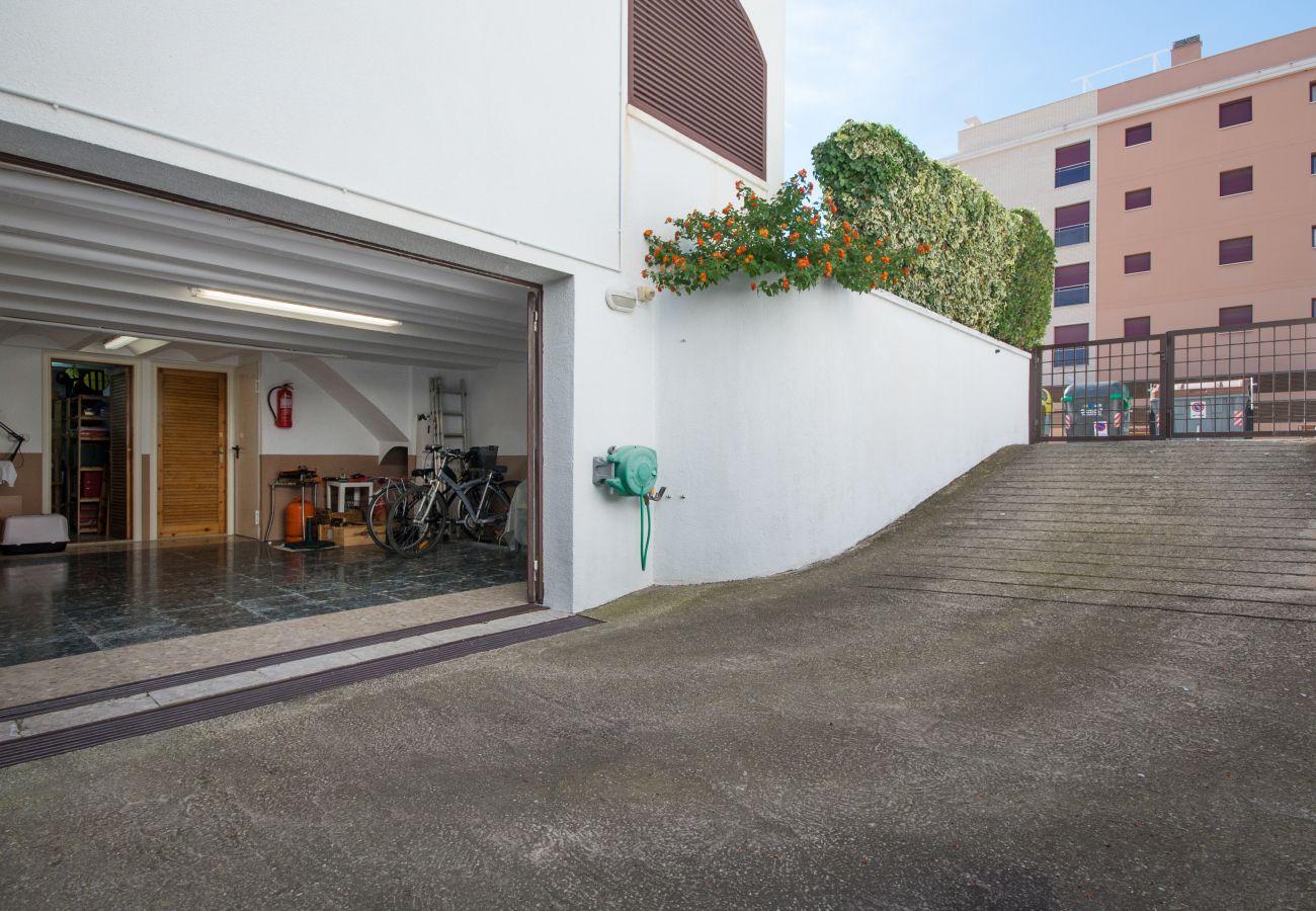 Maison mitoyenne à Calafell - R17 Maison mitoyenne avec jardin à 50m de la plage de Calafell