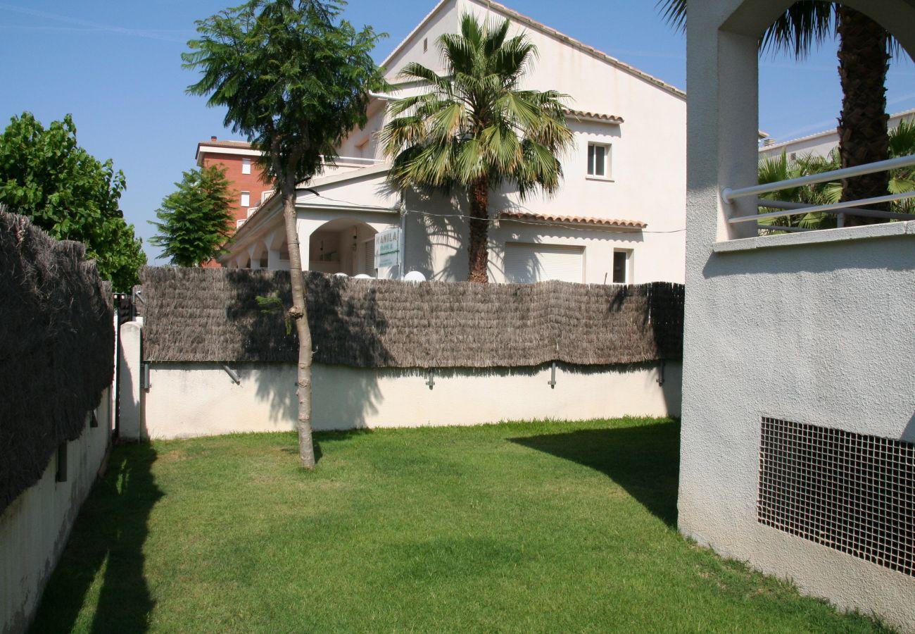 Maison mitoyenne à Calafell - R22-1 Maison mitoyenne climatisée avec le jardin à 100m de la plage