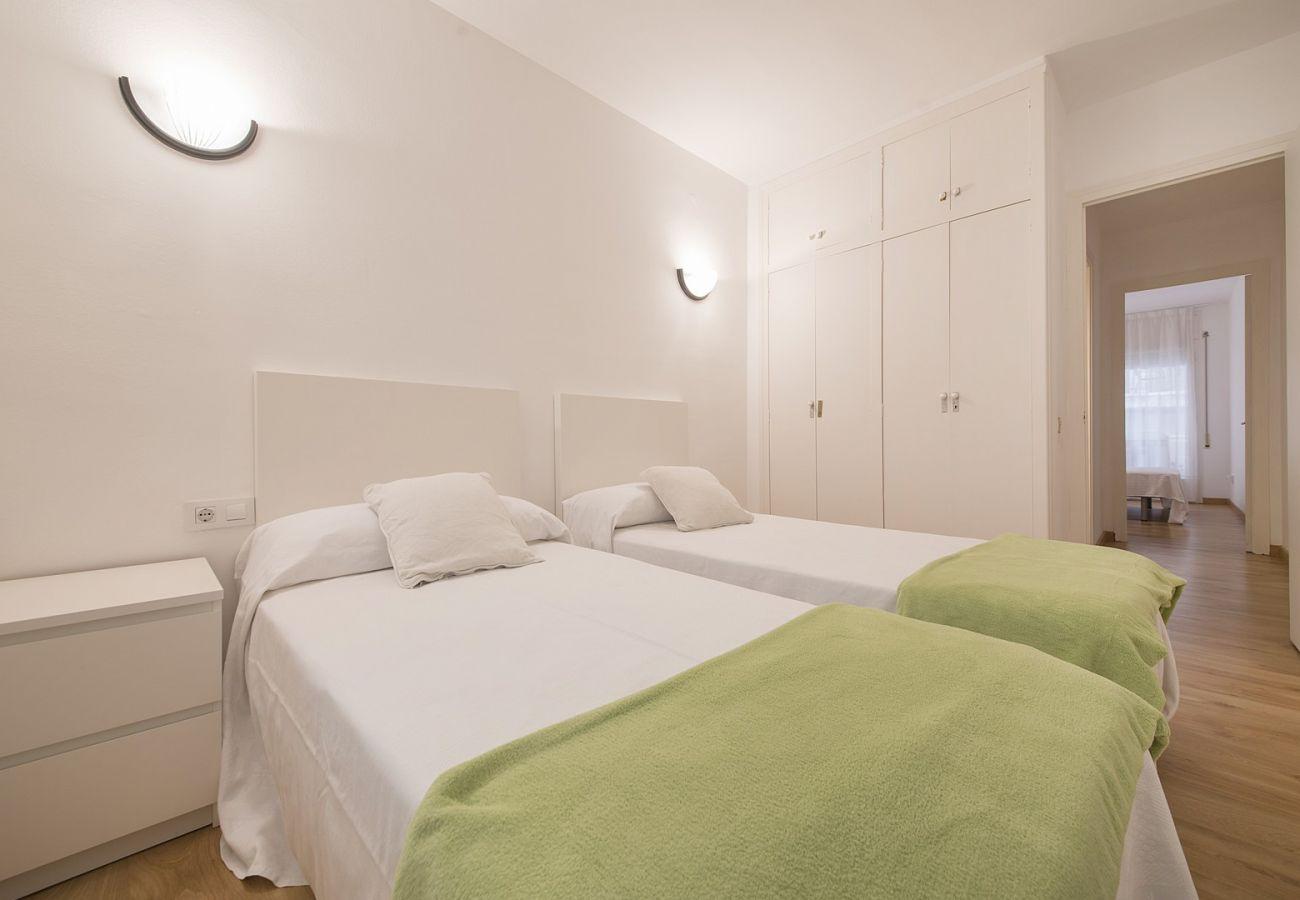 Appartement à Calafell - R68-1 Appartement de deux chambres à 50 m de la plage