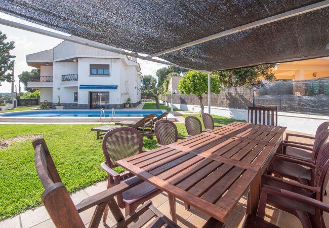 villa à Segur de Calafell - R91 Grande maison pour 13 personnes avec piscine privée