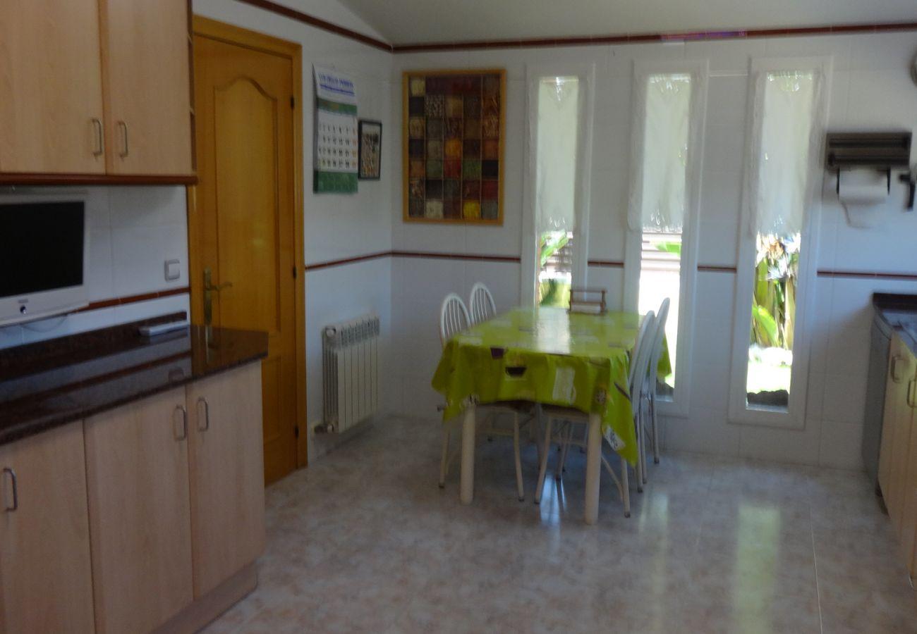 Villa à Segur de Calafell - R88 Maison avec jardin et piscine privée à Segur de Calafell