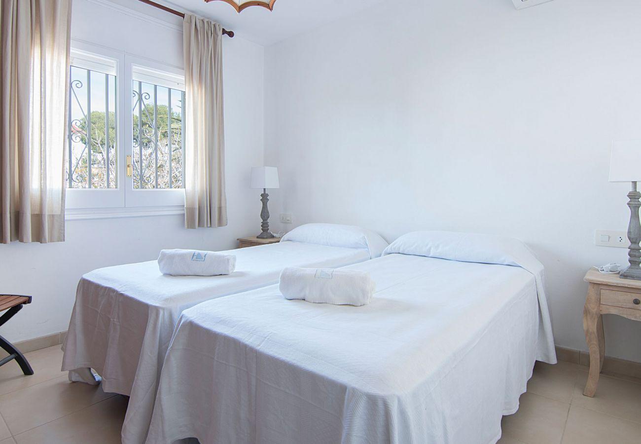 Villa à Cambrils - TH11 Villa à 50m de la plage de L'Ardiaca à Cambrils