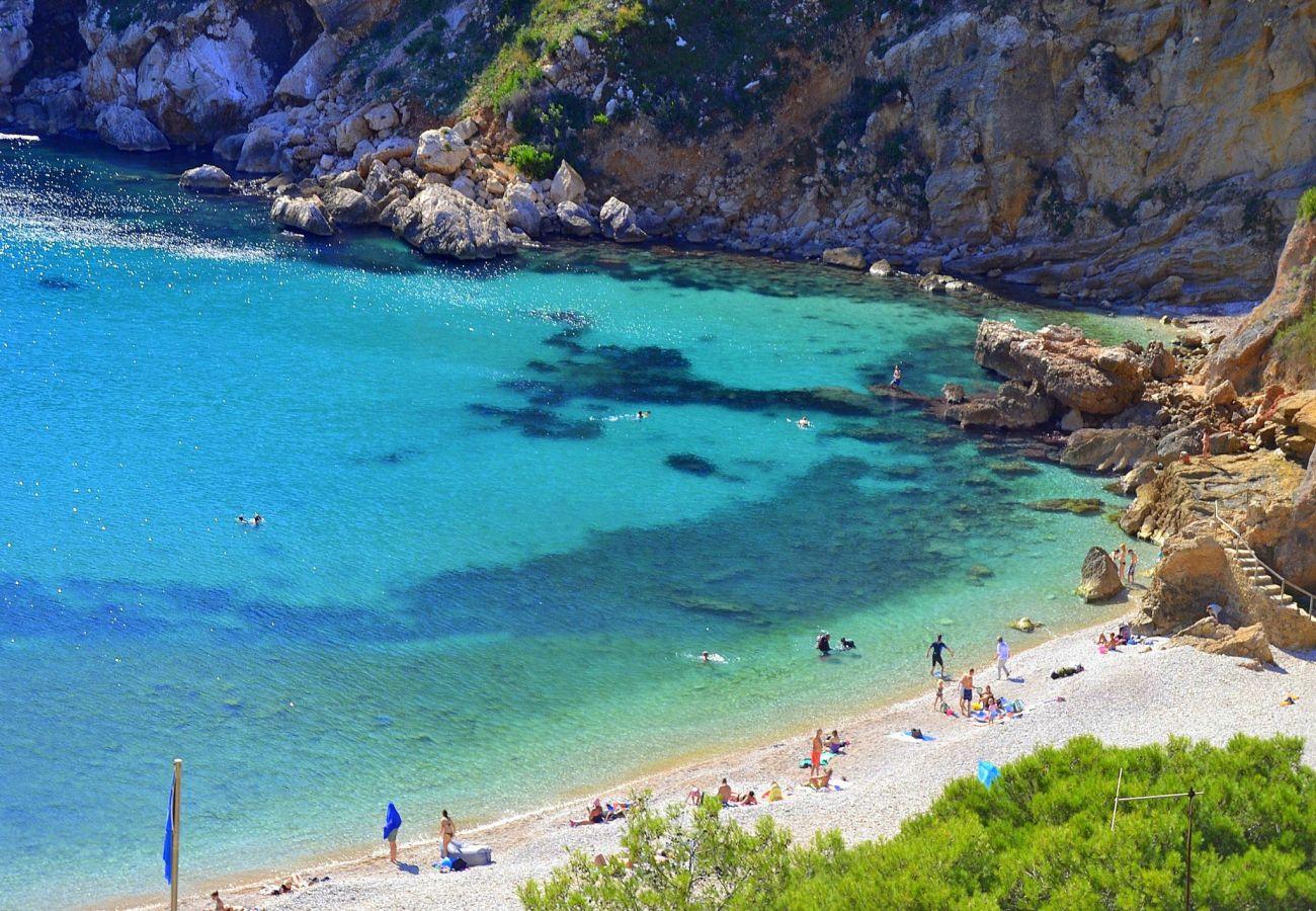 Шале на Хавеа / Javea - Chalet en Javea 4p piscina de 8x4 playa Arenal a 7km