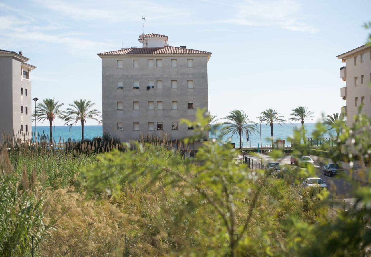 Таунхаус на Calafell - R17 Таунхаус с садом в 50 м от пляжа Калафель