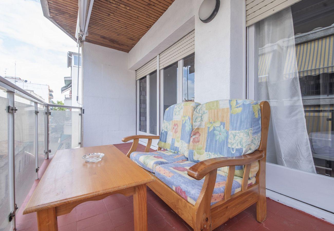 Апартаменты на Calafell - R68-3 Трехкомнатная квартира в 50 м от пляжа