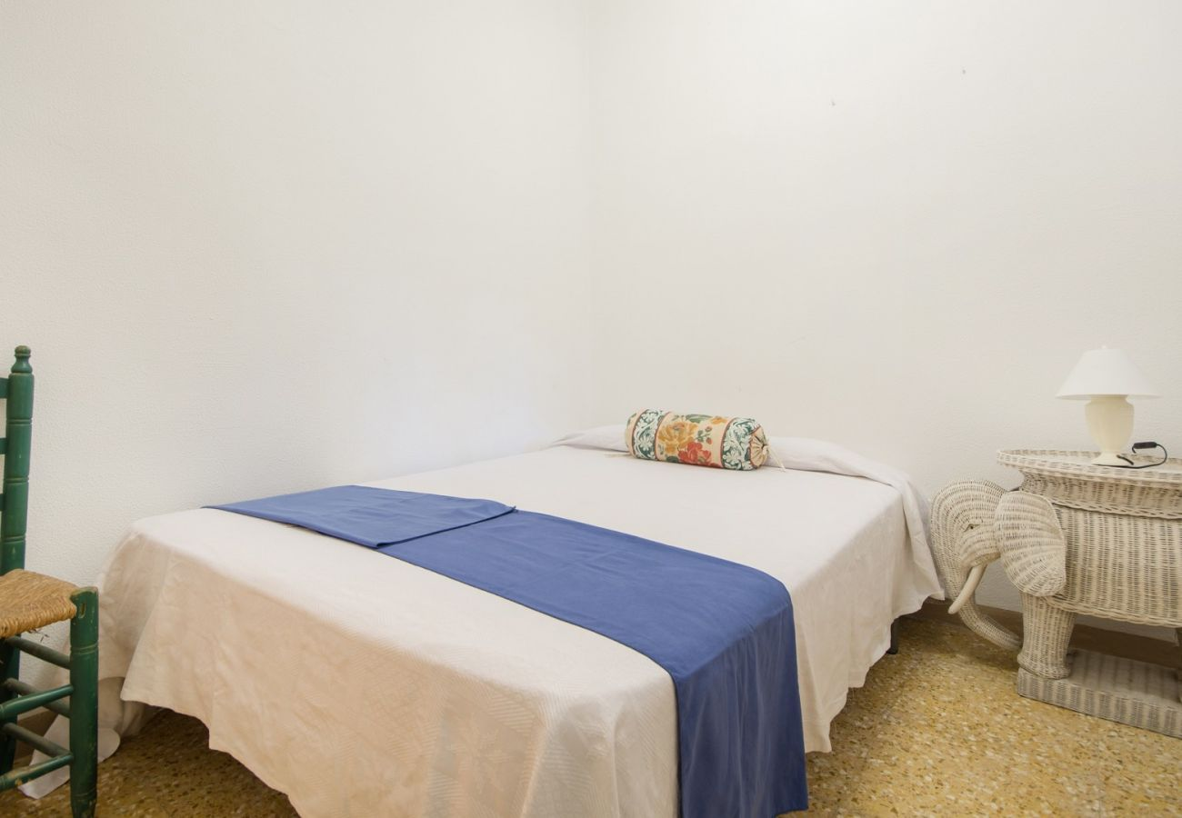 Вилла на El Vendrell - R31 Просторный дом на 10 чел в 20м от пляжа