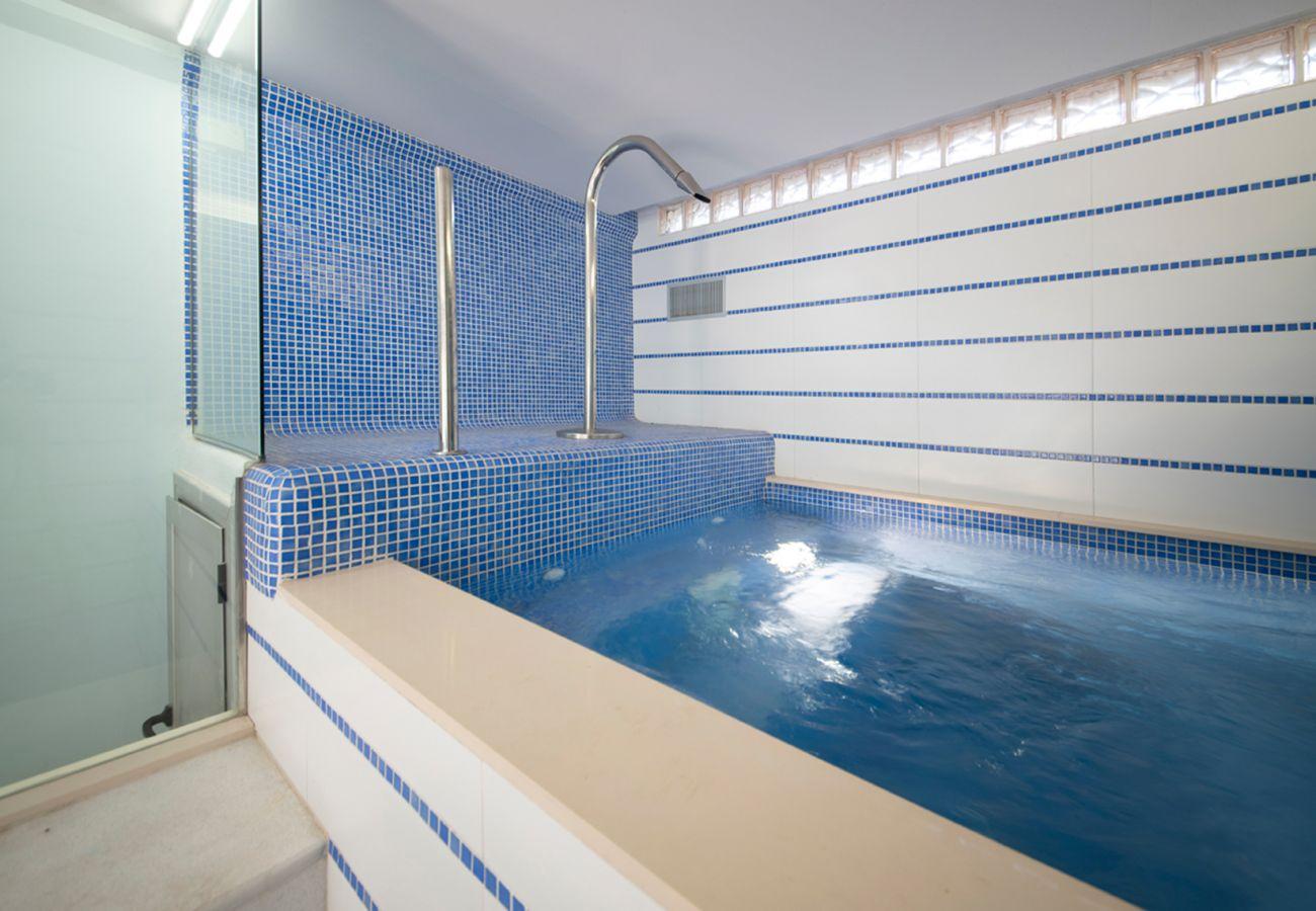 Вилла на Calafell - R110 Дом на 12 человек с двумя бассейнами